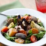 rays-cafe-seafood-salad